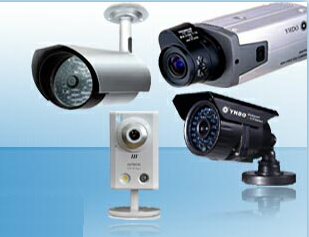 what's the differences between IP camera and CCTV camera?